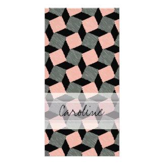 Modelo cuadrado geométrico gris rosado de Ikat del Tarjeta Fotografica Personalizada