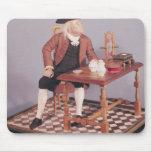 Modelo de Benjamin Franklin en su tabla Alfombrillas De Ratón