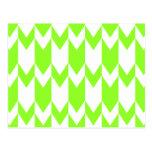 Modelo de Chevron de la verde lima y del blanco Tarjetas Postales