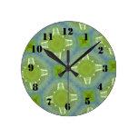 Modelo de cristal amarillo y azul relojes