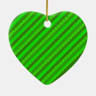 Modelo de encargo verde de Stiped Decoritive del Adorno Navideño De Cerámica En Forma De Corazón