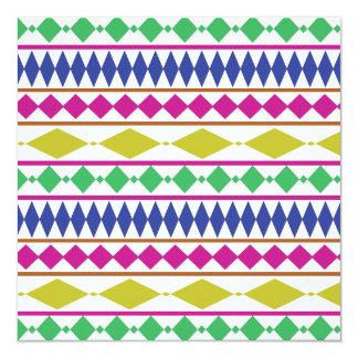 "Modelo de ensayo geométrico femenino colorido invitación 5.25"" x 5.25"""