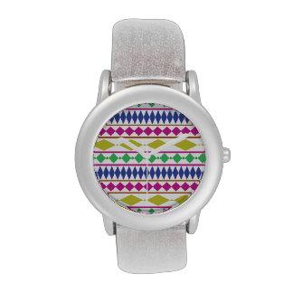 Modelo de ensayo geométrico femenino colorido reloj