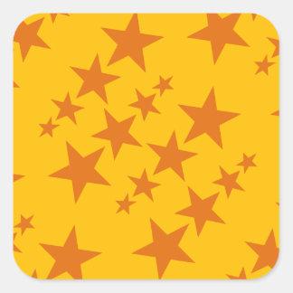 Modelo de estrella anaranjado pegatina cuadrada