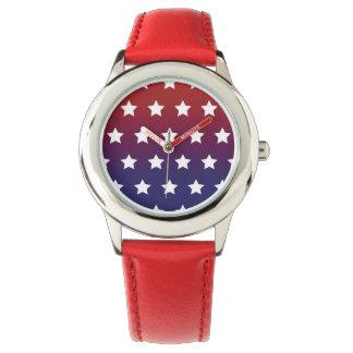 Modelo de estrella roja, blanca y azul reloj de mano