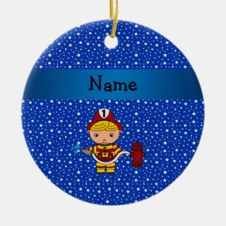 Modelo de estrellas azules conocido personalizado adorno navideño redondo de cerámica