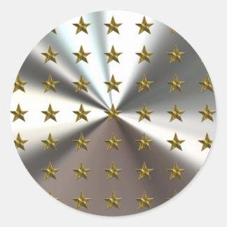 Modelo de estrellas del oro en los pegatinas de etiquetas redondas