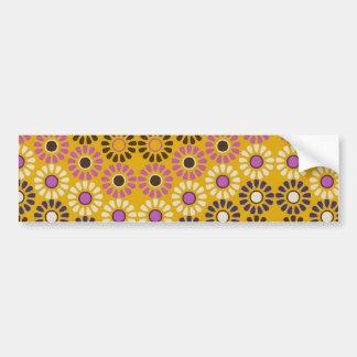 Modelo de flores amarillo y púrpura ondulado del pegatina para auto