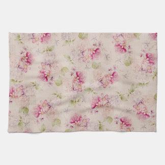 Modelo de flores blanco rosado de los rosas verdes toalla