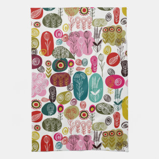 Modelo de flores retro dibujado mano simple colori toalla de cocina