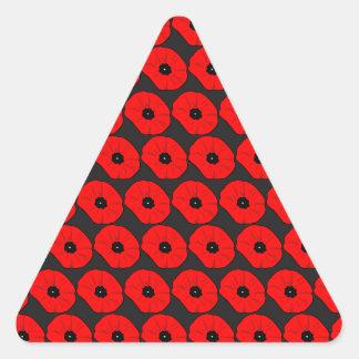 Modelo de flores rojo grande de la amapola pegatina triangular