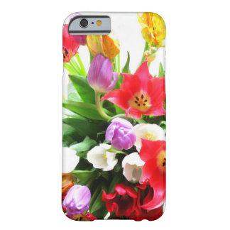 Modelo de flores romántico del tulipán de la funda de iPhone 6 barely there