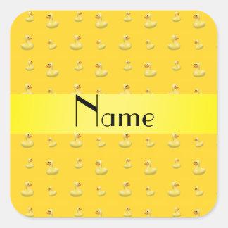 Modelo de goma amarillo conocido personalizado del pegatina cuadrada