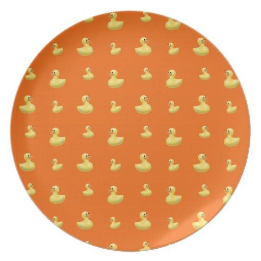 Modelo de goma anaranjado del pato platos para fiestas