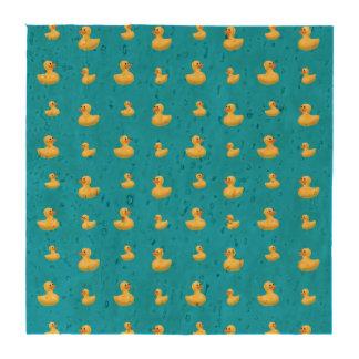Modelo de goma del pato del azul de cielo posavasos