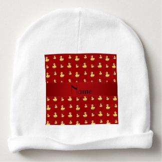 Modelo de goma rojo conocido personalizado del gorrito para bebe