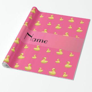 Modelo de goma rosado conocido personalizado del papel de regalo