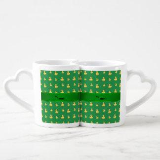 Modelo de goma verde conocido personalizado del tazas para parejas
