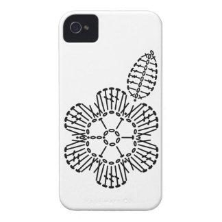 Modelo de la carta del ganchillo de la flor y de carcasa para iPhone 4
