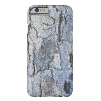 Modelo de la corteza de árbol del sicómoro funda para iPhone 6 barely there