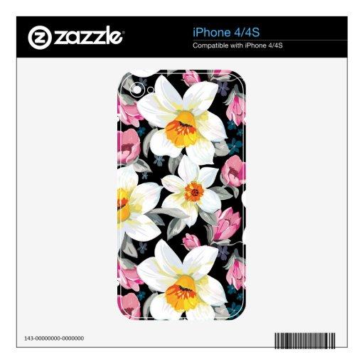 Modelo de la elegancia con las flores del narciso iPhone 4S calcomanías