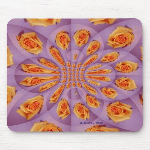 Modelo de la explosión del rosa purpúreo claro y a alfombrilla de ratón