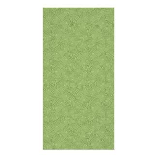 Modelo de la forma curvada del verde tarjeta fotografica personalizada