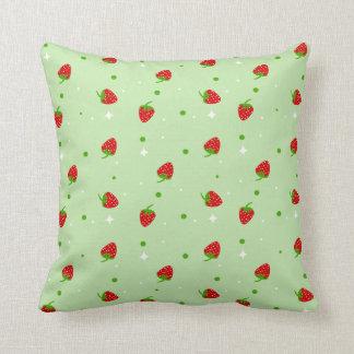 Modelo de la fresa en fondo verde almohada