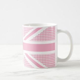 Modelo de la guinga del rosa en colores pastel de taza