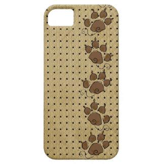 Modelo de la impresión de la pata del perro iPhone 5 Case-Mate cárcasa