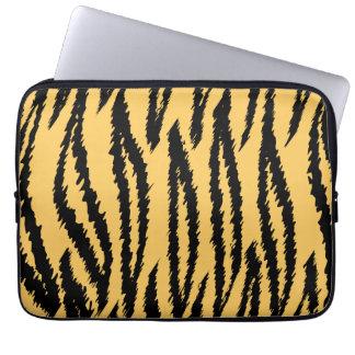 Modelo de la impresión del tigre. Naranja y negro Funda Portátil