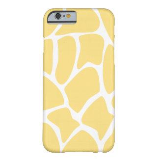 Modelo de la jirafa en amarillo funda para iPhone 6 barely there