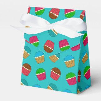Modelo de la magdalena de la turquesa caja para regalos de fiestas