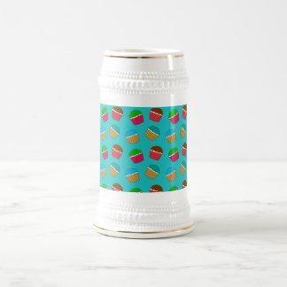 Modelo de la magdalena de la turquesa jarra de cerveza
