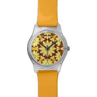 Modelo de la mandala, sombras del marrón y oro relojes
