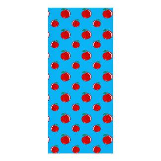 Modelo de la manzana del rojo azul de cielo tarjetas publicitarias a todo color