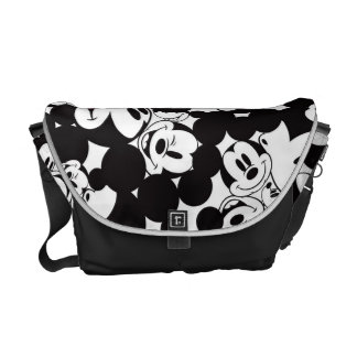 Modelo de la muchedumbre de Mickey Mouse el | Bolsas De Mensajería