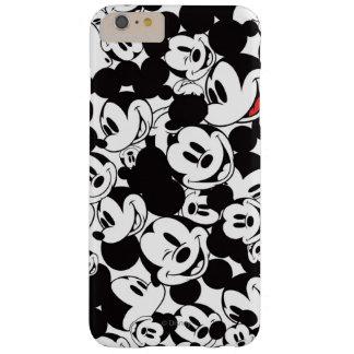 Modelo de la muchedumbre de Mickey Mouse el | Funda De iPhone 6 Plus Barely There