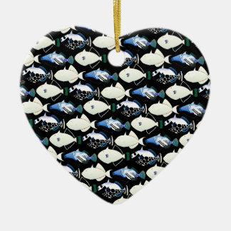 Modelo de la noche del Triggerfish de los cuatro Adorno Navideño De Cerámica En Forma De Corazón