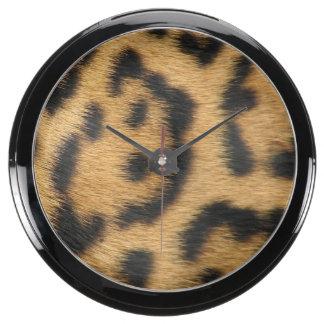 Modelo de la pantera relojes pecera