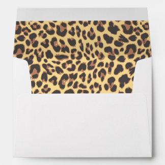 Modelo de la piel animal del estampado leopardo sobres