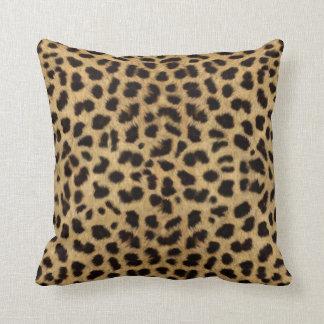 Modelo de la piel del guepardo, impresión del cojín decorativo