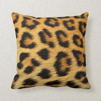 Modelo de la piel del leopardo almohada