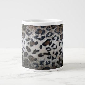 Modelo de la piel del leopardo taza de café grande