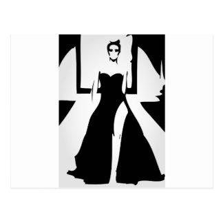 Modelo de la pista en vestido de moda tarjetas postales
