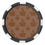 Modelo de la taza de café pardusco fichas de póquer