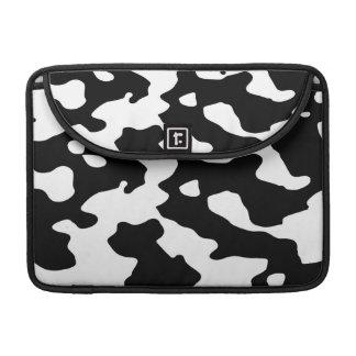 Modelo de la vaca blanco y negro funda macbook pro