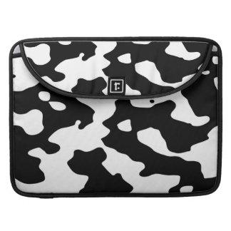 Modelo de la vaca blanco y negro fundas macbook pro