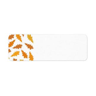 Modelo de las hojas de otoño etiquetas de remite