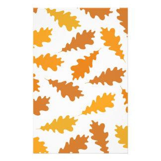 Modelo de las hojas de otoño tarjetones